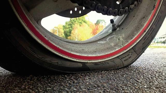 Lốp xe run-flat: Nên dùng hay không?