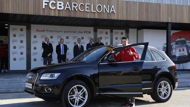 Cristiano Ronaldo đi Audi RS6 Avant, Leo Messi chọn Q5