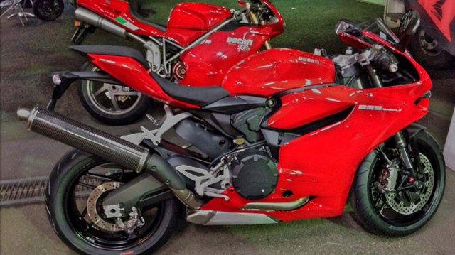 """Người Nhật lại """"phá"""" Ducati 899 Panigale"""