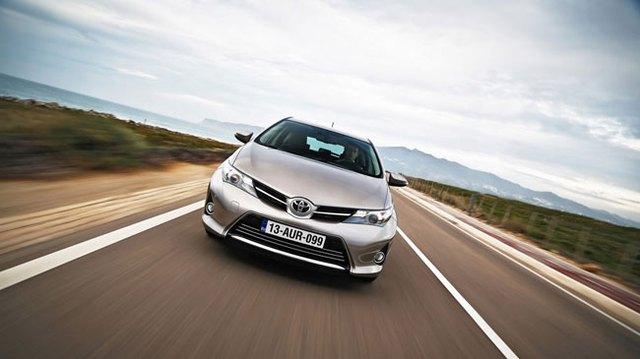 Toyota phát triển xe sedan mới dựa trên Mazda2