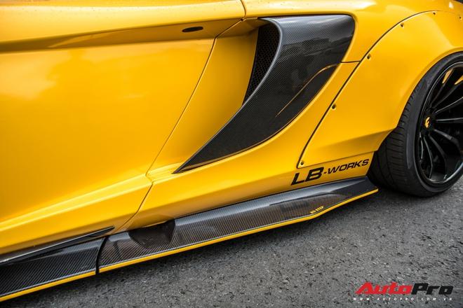 Dai gia Viet choi lon thu 2 sau Duong Kon Manh tay chi 2 ty do Liberty Walk cho McLaren 650S Spider