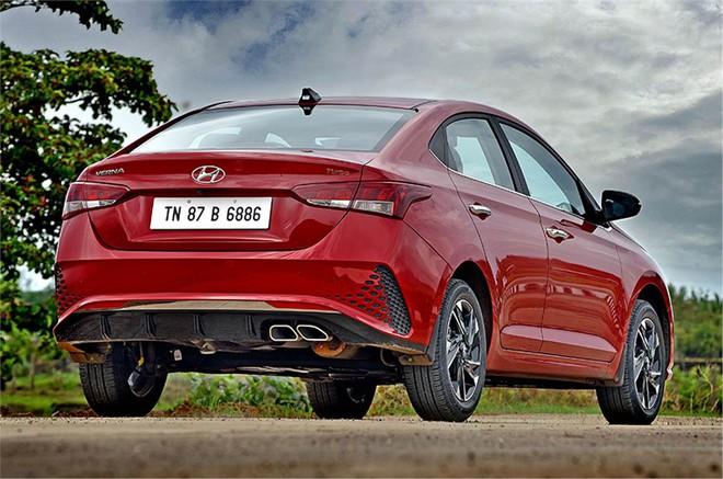 20200619110923hyundai verna rear static 16039244779981374105161 Lộ hình ảnh Hyundai Accent 2020 chạy thử tại Việt Nam