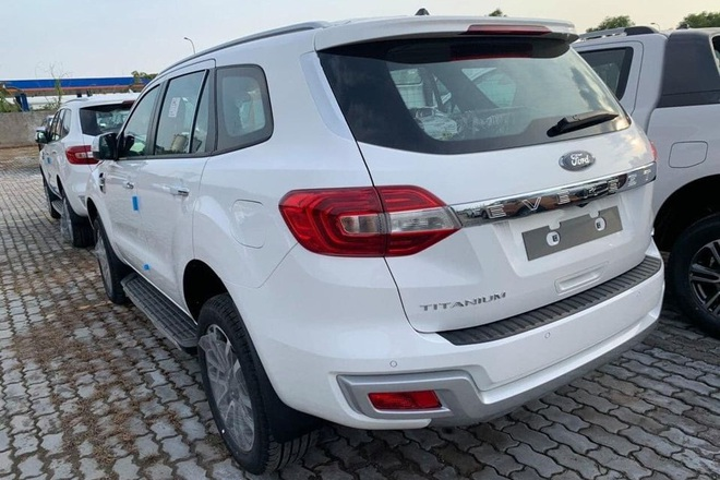 Ford Everest 2021 về đại lý: 3 phiên bản, cắt trang bị, gặp khó trước Toyota Fortuner - Ảnh 3.
