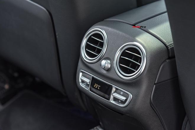 Chạy 7.000 km, đại gia Việt vẫn bán Mercedes-Benz C300 AMG ngang ngửa giá mua mới - Ảnh 7.