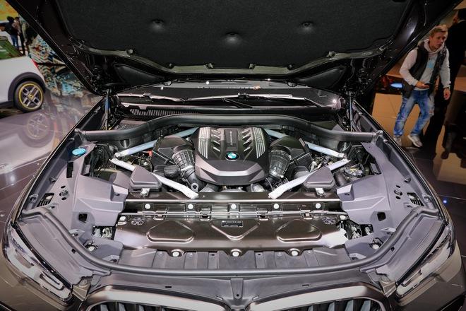 động cơ bmw x6 mới