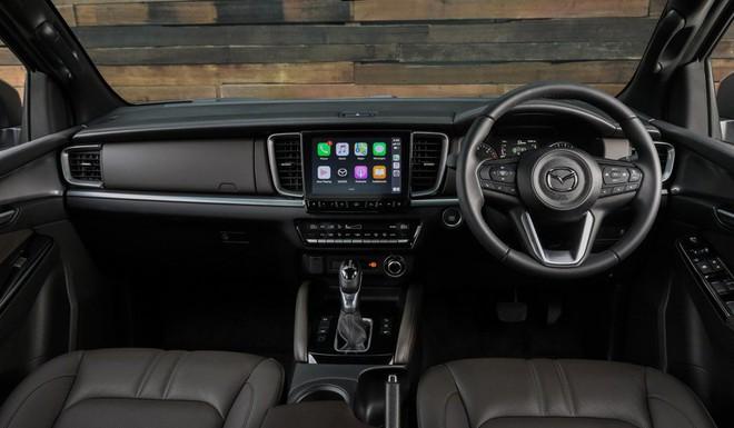 new mazda bt 50 7 1 159236733524836762274 Ra mắt Mazda BT-50 2021: Giống CX-5, khung gầm D-Max, sẵn sàng về Việt Nam đấu Ford Ranger
