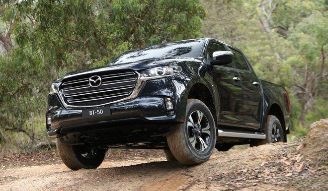 new mazda bt 50 8 15923673350661461433292 Ra mắt Mazda BT-50 2021: Giống CX-5, khung gầm D-Max, sẵn sàng về Việt Nam đấu Ford Ranger