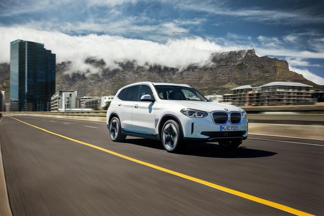 2021 bmw ix3 08 15947373347122136557246 Ra mắt BMW iX3 - Chương sử SUV mới của BMW