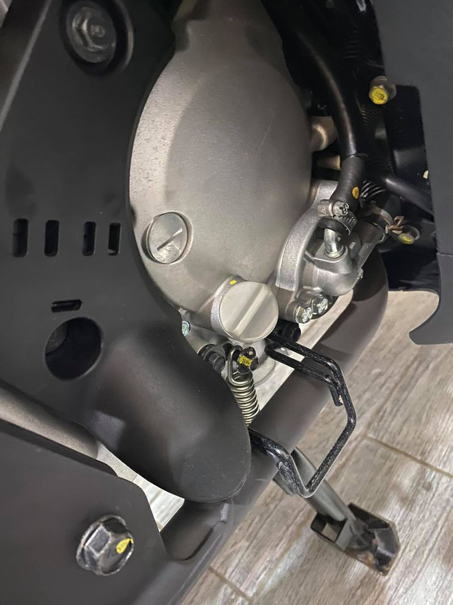 Dan choi ban cap Honda SH - Vision gia 11 ty CDM mia mai Tien chu co phai giay dau