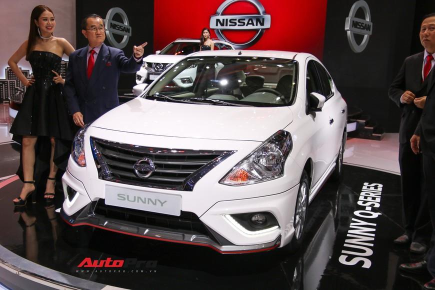 Cận cảnh Nissan Sunny facelift 2018 hứa hẹn đe dọa doanh số Toyota Vios trong nay mai - Ảnh 2.