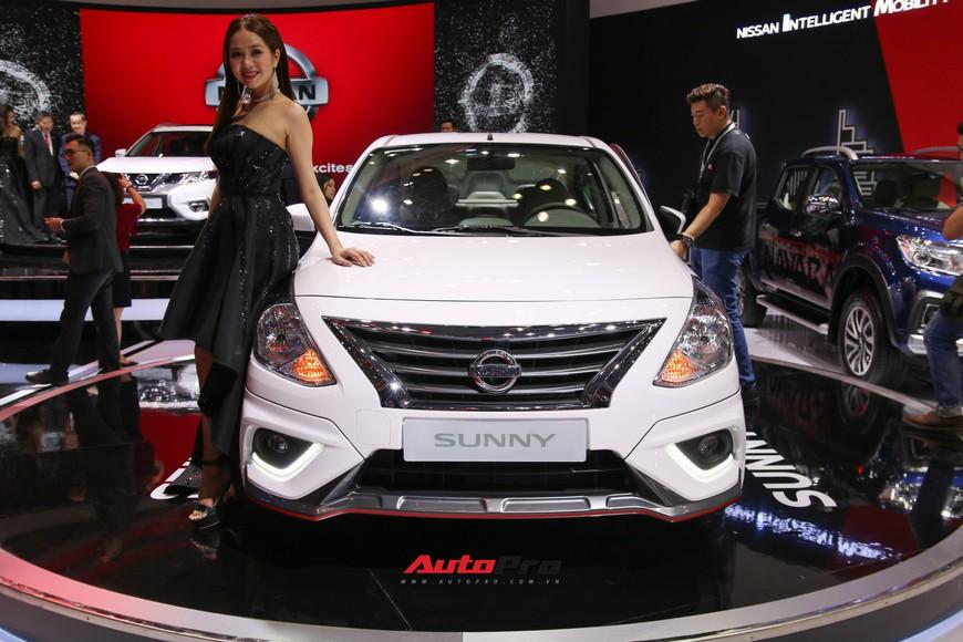 Cận cảnh Nissan Sunny facelift 2018 hứa hẹn đe dọa doanh số Toyota Vios trong nay mai - Ảnh 3.