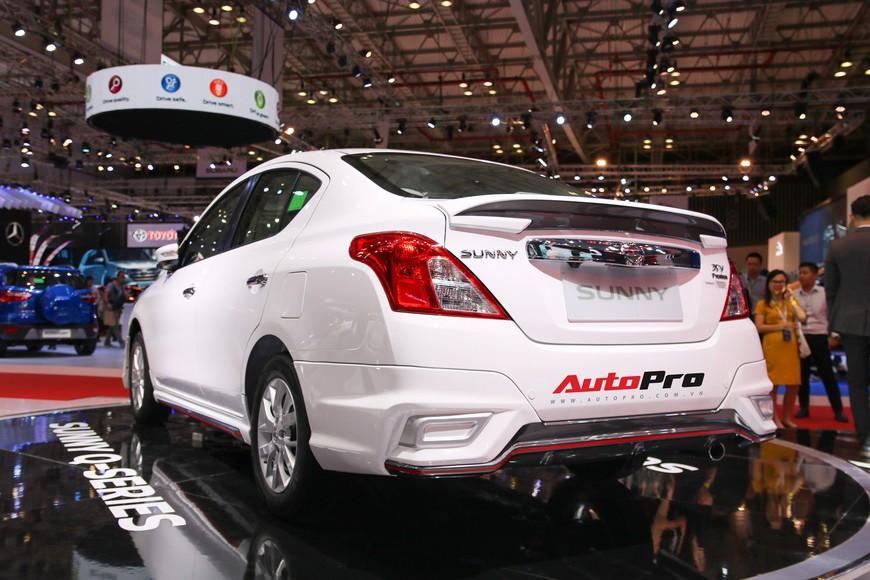 Cận cảnh Nissan Sunny facelift 2018 hứa hẹn đe dọa doanh số Toyota Vios trong nay mai - Ảnh 7.