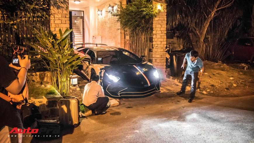 Minh nhựa mang Pagani Huayra, Lamborghini Aventador SV cùng dàn xe khủng đi Phan Thiết ăn mừng ngay trong đêm - Ảnh 4.