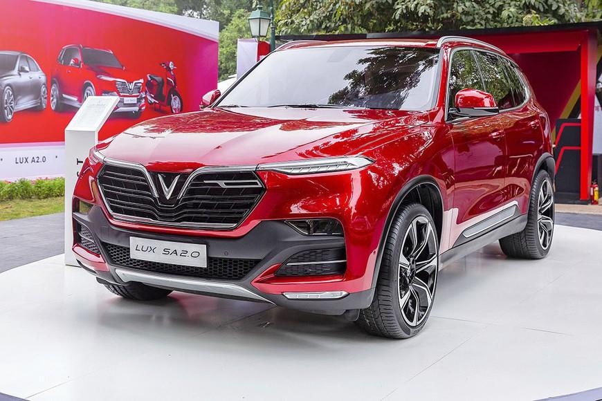 Đánh giá nhanh VinFast Lux SA2.0: SUV 7 chỗ nền tảng BMW giá gần 1,25 tỷ đồng cho người Việt - Ảnh 8.
