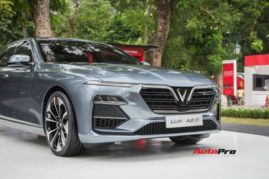 Đánh giá nhanh VinFast Lux A2.0: Sedan hạng E duy nhất Việt Nam có giá dưới 900 triệu đồng - Ảnh 4.