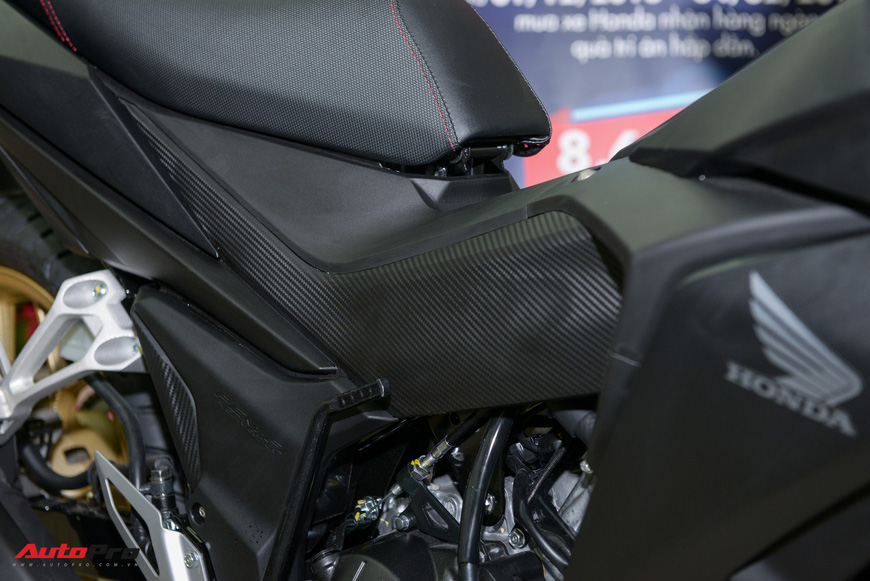 Chi tiết Honda Winner thay dàn chân ngầu hơn tại đại lý - Chiêu kích cầu cho xe côn tay hết hot - Ảnh 6.