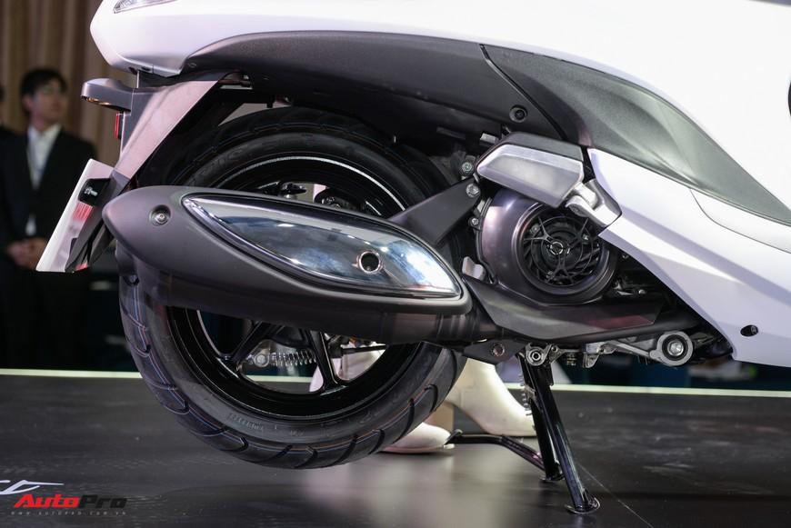 Đánh giá nhanh Yamaha Grande 2019 sử dụng động cơ hybrid vừa ra mắt tại Việt Nam - Ảnh 6.