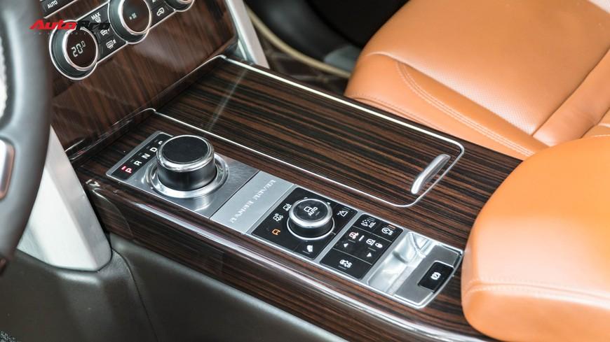 Range Rover Autobiography LWB Black Edition giá 8 tỷ - Giá của xe hiếm chỉ sản xuất 100 chiếc - Ảnh 10.