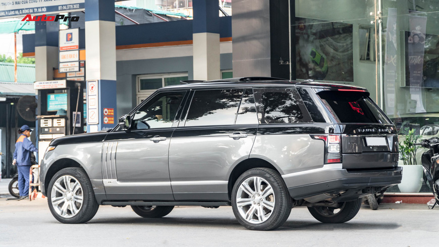 Range Rover Autobiography LWB Black Edition giá 8 tỷ - Giá của xe hiếm chỉ sản xuất 100 chiếc - Ảnh 5.