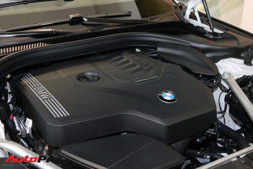 Khám phá chi tiết BMW 5-Series đời mới vừa ra mắt tại Việt Nam, giao xe có thể sau Tết - Ảnh 9.