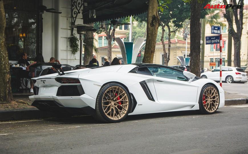 Đại gia Hà thành thay vó ngàn đô cho Lamborghini Aventador Roadster đón Tết Nguyên Đán - Ảnh 7.