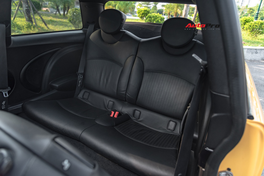 Cảm nhận nhanh MINI Cooper 9 năm tuổi: Được/mất ở mức giá rẻ ngang Kia Morning - Ảnh 11.