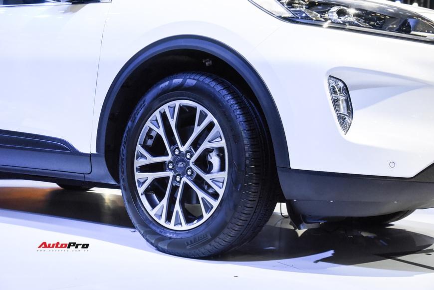 Ford Escape trình diện Việt Nam - Phép thử mới với Honda CR-V và Mazda CX-5 - Ảnh 7.