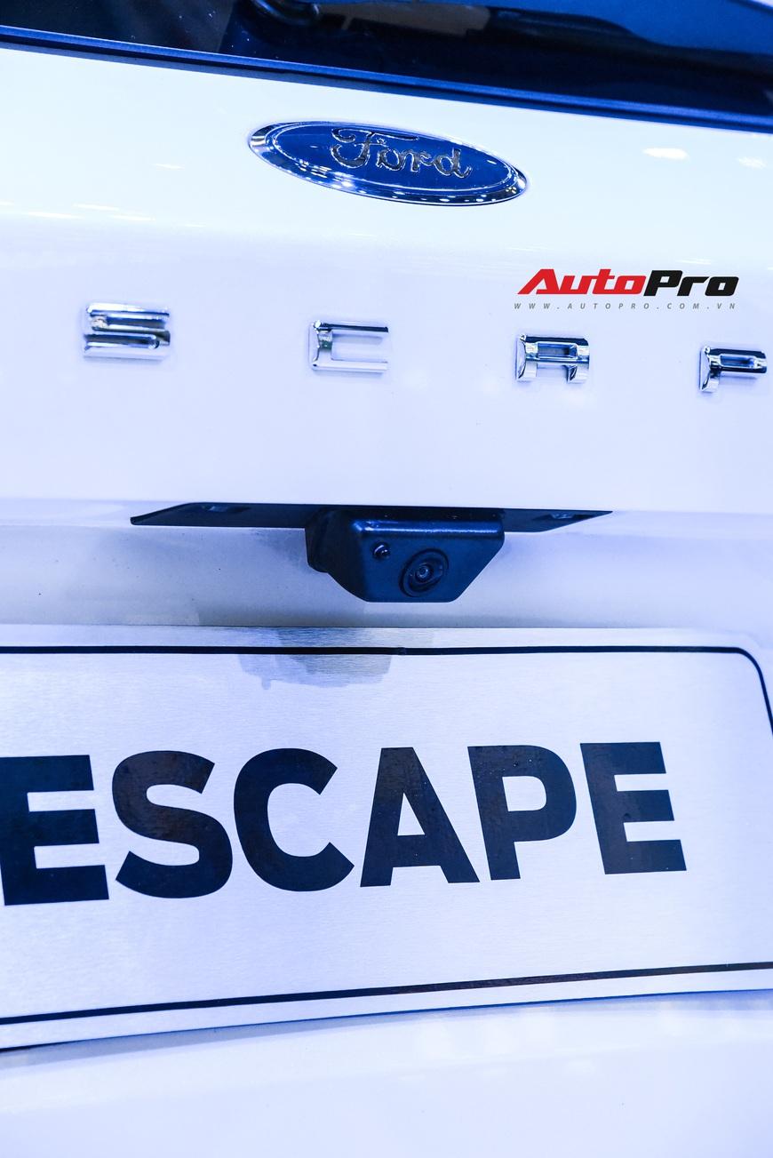 Ford Escape trình diện Việt Nam - Phép thử mới với Honda CR-V và Mazda CX-5 - Ảnh 8.