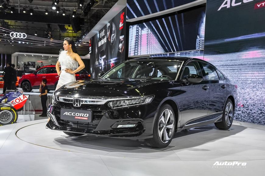 Đánh giá nhanh Honda Accord 2019: Đây là những thay đổi tất tay để cạnh tranh vua doanh số Toyota Camry - Ảnh 2.
