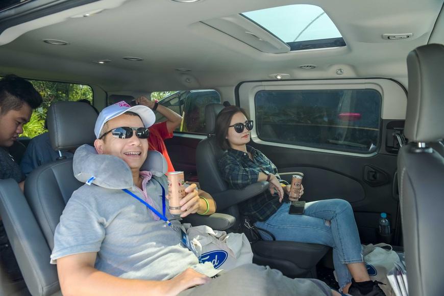 Thử làm khách VIP trên Ford Tourneo: 300km nhàn nhã từ Đà Nẵng tới Lăng Cô - Ảnh 5.