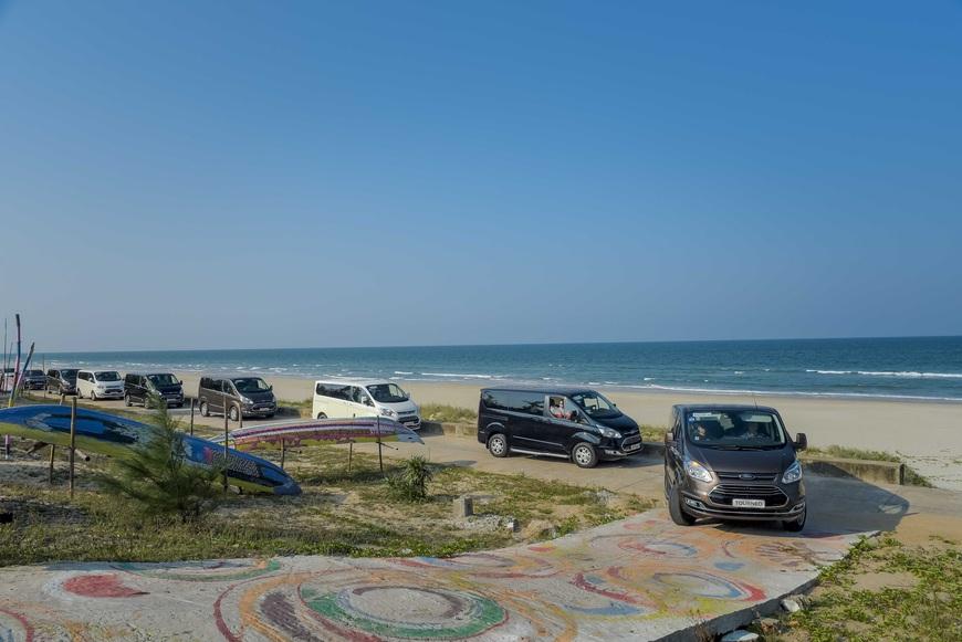 Thử làm khách VIP trên Ford Tourneo: 300km nhàn nhã từ Đà Nẵng tới Lăng Cô - Ảnh 4.