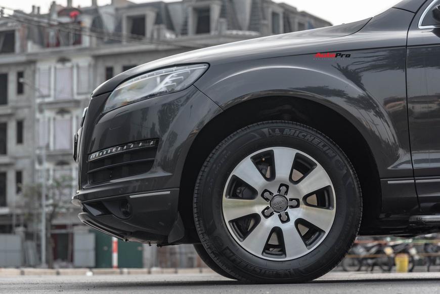 Cảm nhận nhanh Audi Q7 giá ngang Toyota Fortuner: Uống xăng như nước nhưng đáng tiền ở những điểm này - Ảnh 2.