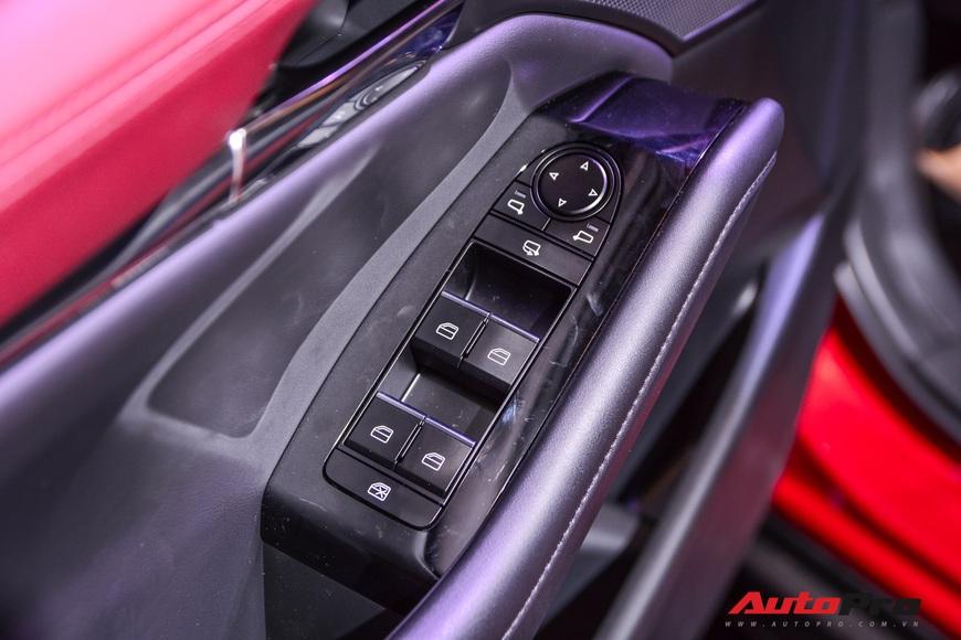 Chi tiết Mazda3 đắt nhất phân khúc, lăn bánh tiền tỷ: Từ xe quốc dân thành xe mơ ước  - Ảnh 17.