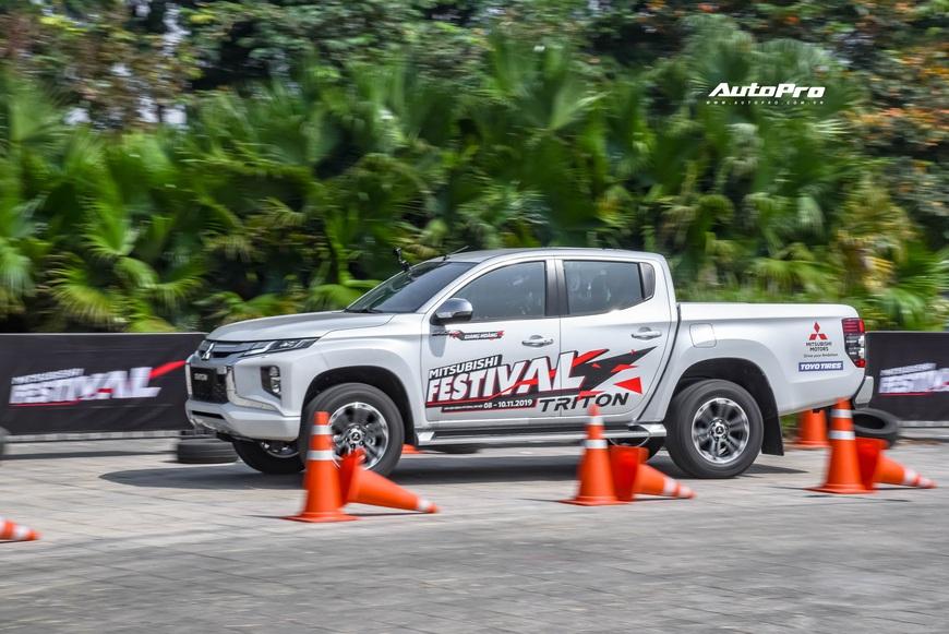 Đánh giá nhanh Mitsubishi Triton full option: Cơ hội vượt lên đã tới! - Ảnh 11.