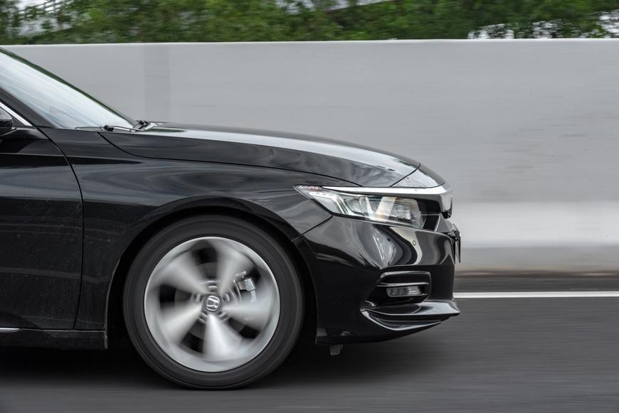 Thử 'điên mới mua Honda Accord 2020' một lần xem hơn 1,3 tỷ đánh đổi điều gì - Ảnh 4.