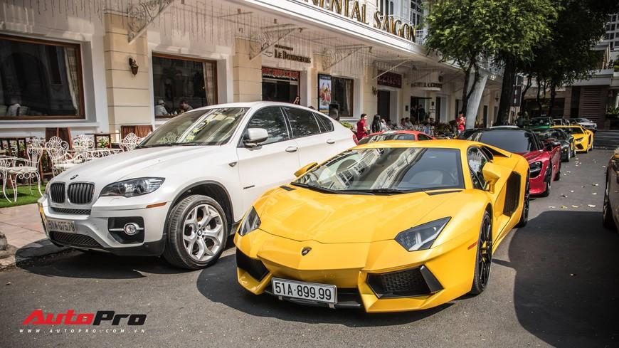 Đại gia Sài Gòn mang dàn siêu xe hàng trăm tỷ lên phố ngay sát Tết, Pagani Huayra và Acura NSX hàng độc xuất hiện - Ảnh 11.