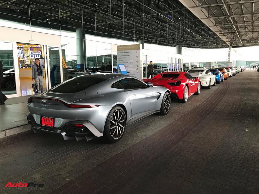 Dàn siêu xe triệu USD khoe dáng trước ngày triển lãm lớn nhất Đông Nam Á khai mạc - Ảnh 6.