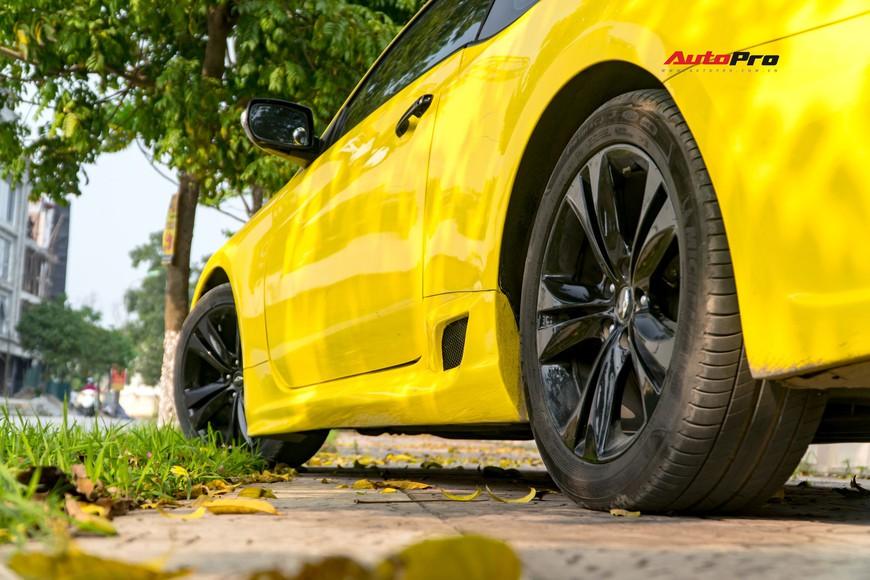Lột xác từ trong ra ngoài, Hyundai Genesis độ kiểu Aston Martin rao bán chỉ hơn 500 triệu đồng - Ảnh 4.