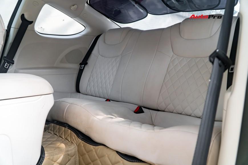 Lột xác từ trong ra ngoài, Hyundai Genesis độ kiểu Aston Martin rao bán chỉ hơn 500 triệu đồng - Ảnh 10.