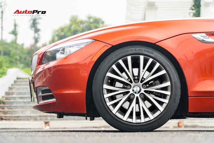 Bán BMW Z4 9 năm tuổi giá gần 1,3 tỷ đồng, chủ showroom tuyên bố: Không bớt cho bất kì ai - Ảnh 3.