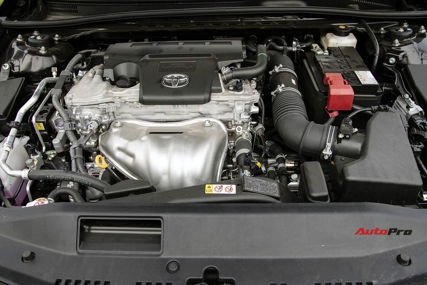 Đánh giá nhanh Toyota Camry 2019: Áp lực lớn của Mazda6 và Honda Accord - Ảnh 11.