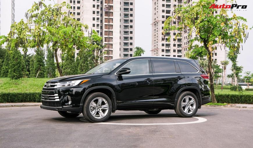 Toyota Highlander Limited 2019 đầu tiên giá hơn 4 tỷ đồng về Việt Nam: Động cơ V6, nhập khẩu Mỹ - Ảnh 1.