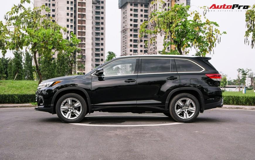 Toyota Highlander Limited 2019 đầu tiên giá hơn 4 tỷ đồng về Việt Nam: Động cơ V6, nhập khẩu Mỹ - Ảnh 3.