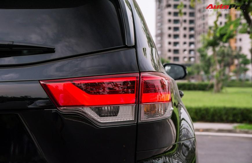 Toyota Highlander Limited 2019 đầu tiên giá hơn 4 tỷ đồng về Việt Nam: Động cơ V6, nhập khẩu Mỹ - Ảnh 6.