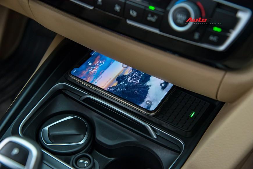 Hàng hiếm BMW 330i chỉ đắt hơn Toyota Camry 64 triệu đồng sau 43.000 km - Ảnh 9.