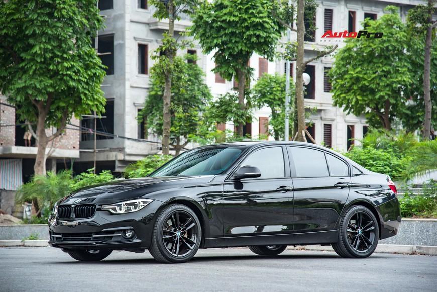 Hàng hiếm BMW 330i chỉ đắt hơn Toyota Camry 64 triệu đồng sau 43.000 km - Ảnh 4.