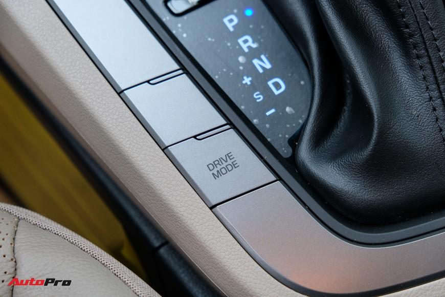Cận cảnh Hyundai Elantra 2019 giá từ 580 triệu đồng đã về đại lý, phả hơi nóng lên Kia Cerato - Ảnh 11.