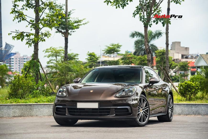 Bán Porsche Panamera sau 23.000 km, đại gia Việt vẫn dư tiền sắm SUV Cayenne - Ảnh 1.