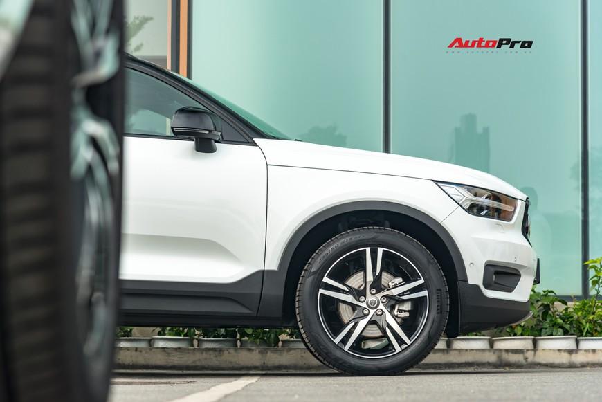 Đánh giá nhanh Volvo XC40 giá 1,75 tỷ đồng: Lật mở nhiều bất ngờ sau mẫu SUV tưởng nhỏ con và chỉ dành cho đô thị - Ảnh 5.