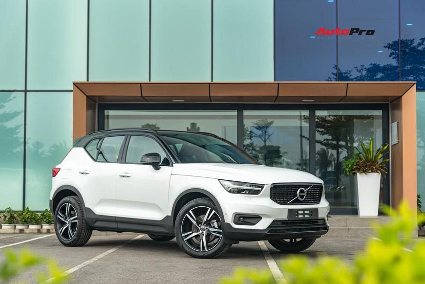 Đánh giá nhanh Volvo XC40 giá 1,75 tỷ đồng: Lật mở nhiều bất ngờ sau mẫu SUV tưởng nhỏ con và chỉ dành cho đô thị - Ảnh 21.